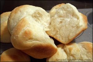 homemade-dinner-rolls2